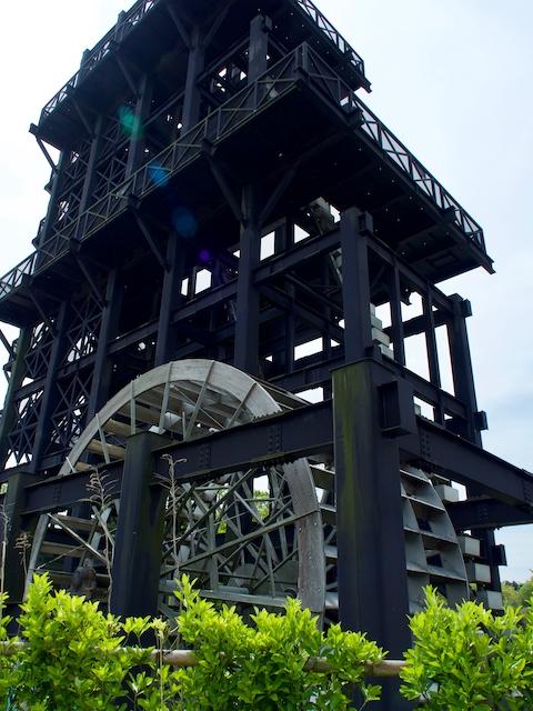 高滝湖の水車塔の画像