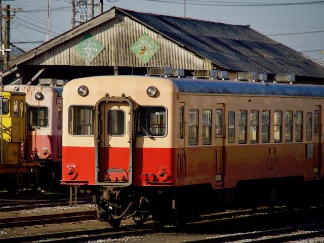 小湊鐵道の車庫の画像