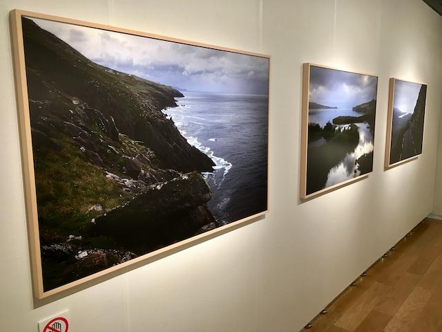 岡嶋和幸写真展「風と土」の様子の画像