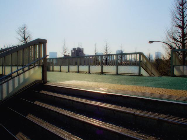 信濃町歩道橋の画像(作品版)