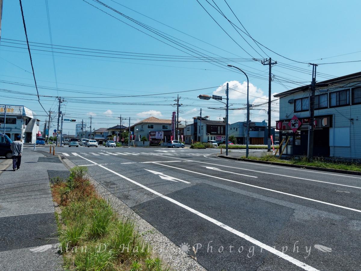 市役所通りと国分寺中通りの交差点