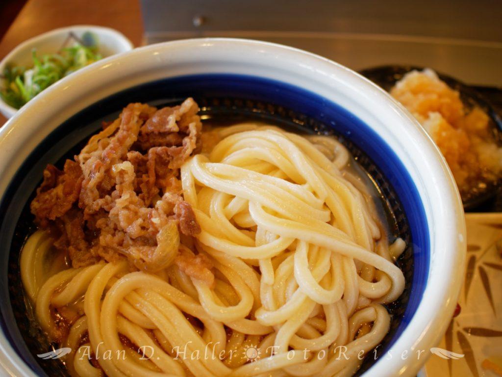 丸亀製麺のうどんランチ